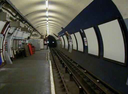 Holborn Platform 5, looking north