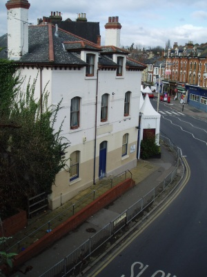 Stroud Green station house
